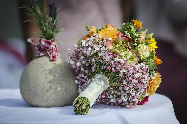 květina k svátku