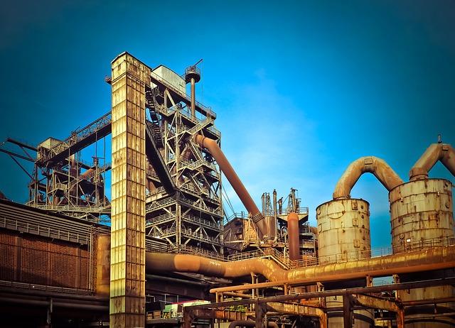 tovární budova.jpg