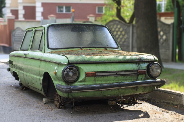 auto bez kol